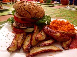 """Burger muss nicht """"Fast Food"""" sein! Vegan oder Viogan - es schmeckt!"""